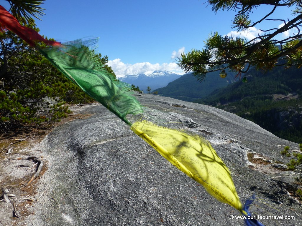 stawamus chief hike squamish vancouver view