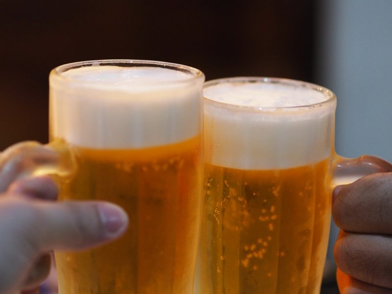 Clinking beer glasses is dangerous thing to do in Hungary