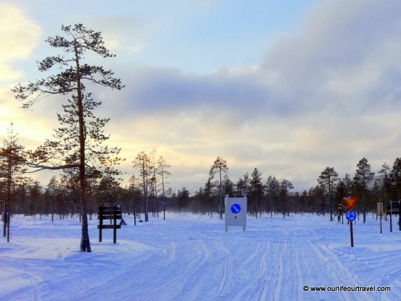 Snowmobile roundabout - Finland