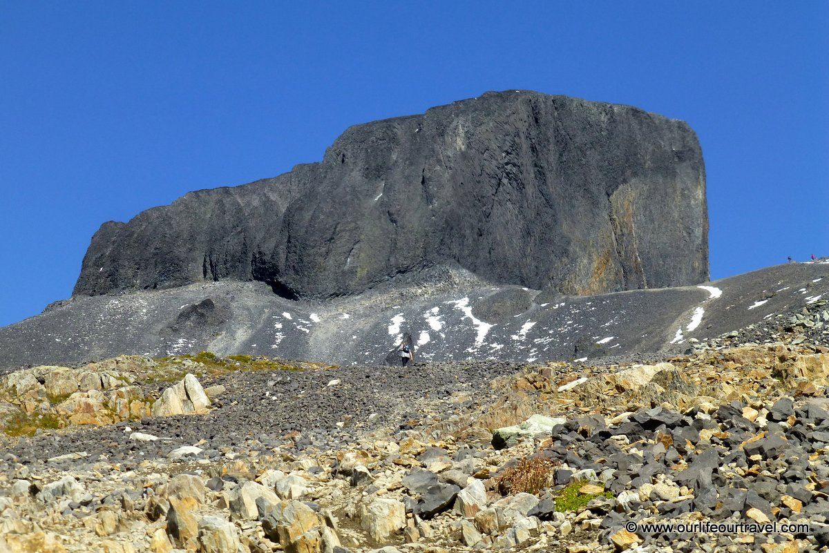Hiking guide to the volcanic black tusk vancouver our life our vista from the end of the trail sciox Choice Image