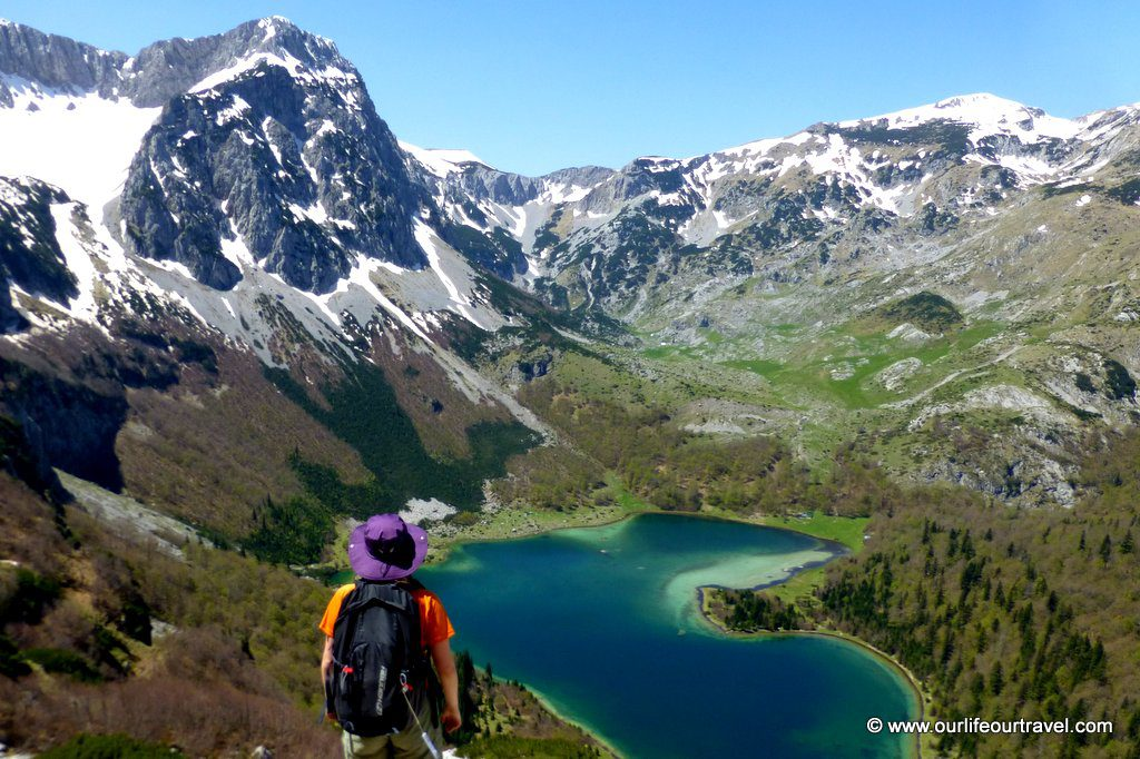 Heart-shaped lake from trail to Maglić