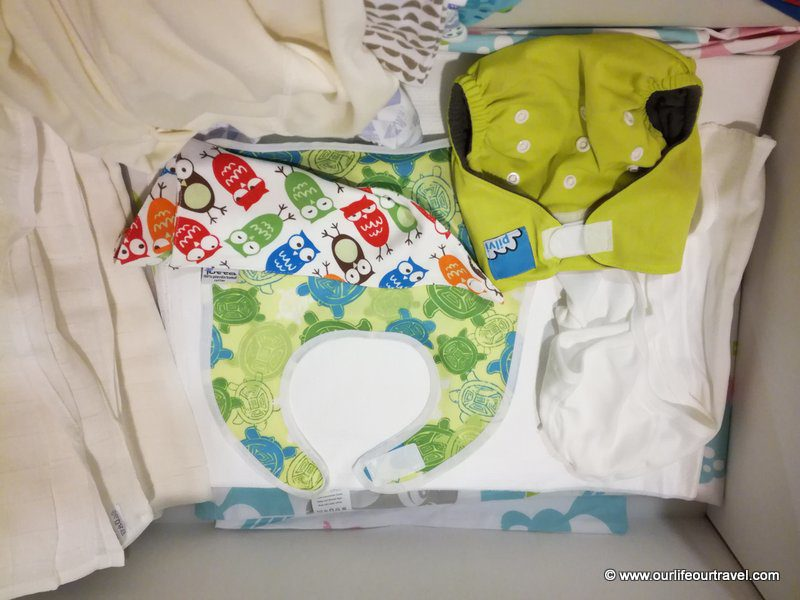 Bib, diaper and more. The content of the Finnish baby box