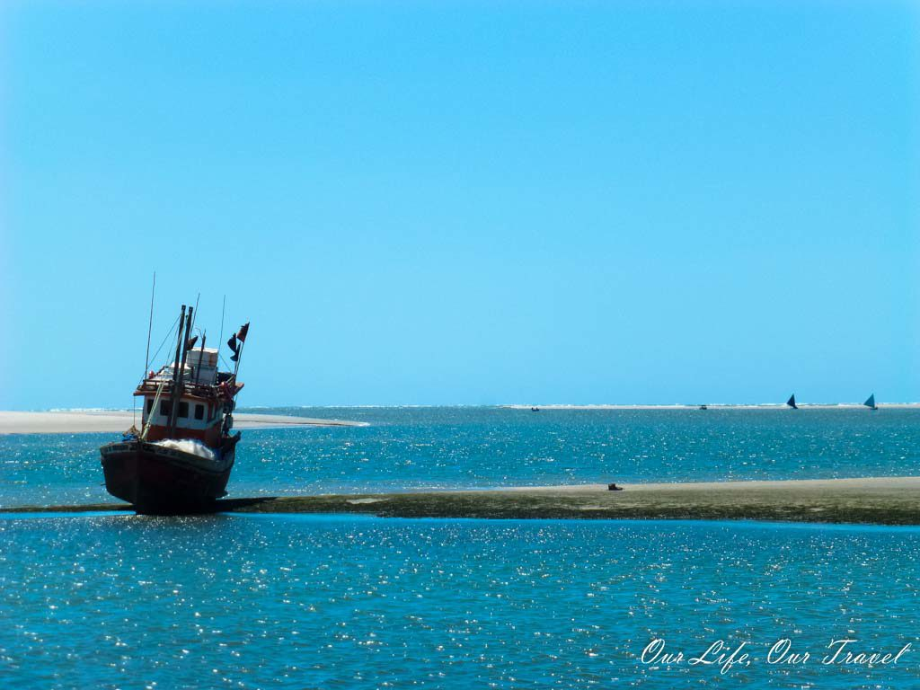 The port of Atins