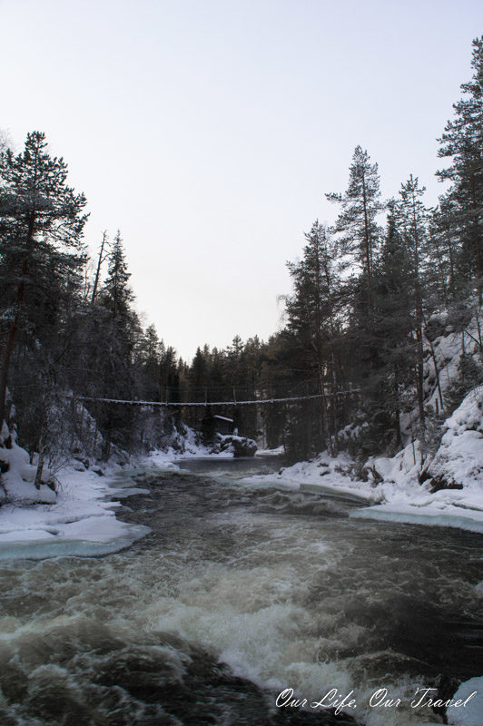 The famous suspension bridge in Oulanka national Park
