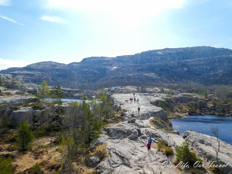 Lakes on the Pulpit rock trail